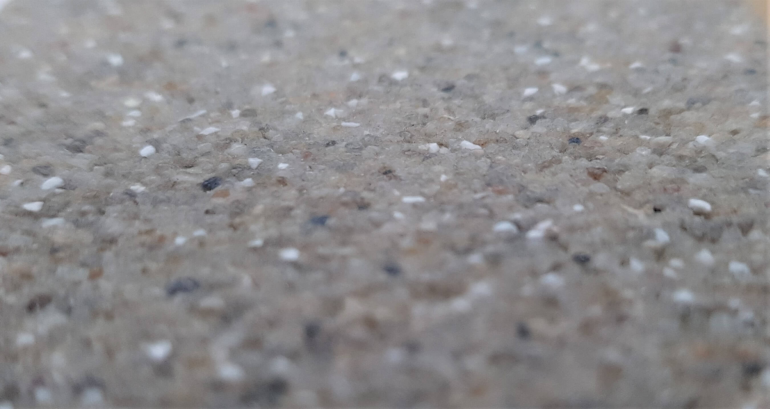 Resin bound floor covering