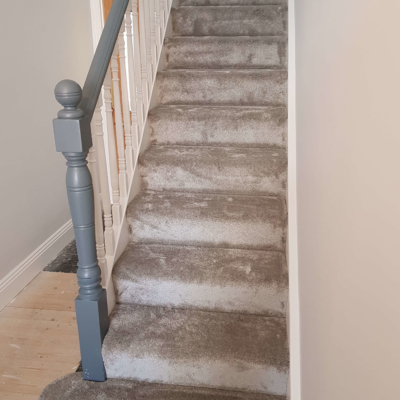 Carpet fitting stairs